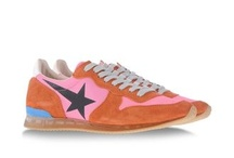 Sneakers - Baskets / by Les Casse Pieds