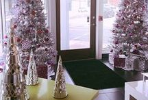 A Very Sparkly Holiday  / Decor, recipes and anything in between - the more glitter the better! / by DERMAdoctor Skincare