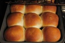 Breaking Bread / Baking bread is fun and can be mastered quickly! Won't you break bread with me?