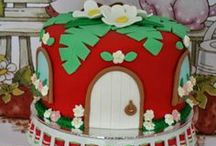 PARTIES - Vintage Strawberry Shortcake / by Little Housewife