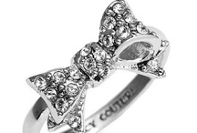 put a ring on it  / by Kenzie Yuschak