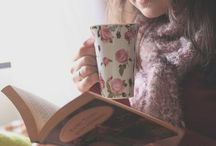 Cosy / Those rainy days when only a hot drink, a book and a blanket will do