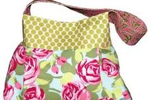TOTES & PURSES / by Janette Haddon