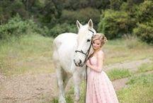 Horses / by Daniela Ortiz