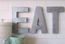 Home Decor: Kitchen / by Seanna MacLeod