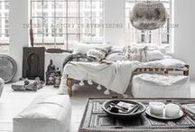 Bohemian Home & Decor / Beautiful and feminine Interior design homes and decor inspired by the chic bohemian lifestyle.