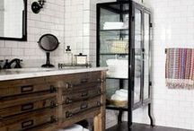 Eclectic Bathroom / Inspiration for interior design of the eclectic and original bathroom. Be different and make your own style.