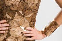 FASHION IN WOOD / La mode et le bois.