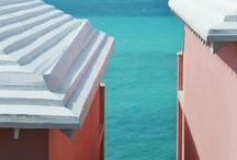 Bermuda: Pretty Pink & Pastel / The architecture of Bermuda