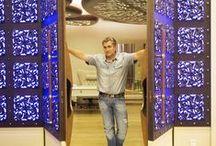 Двери / Двери и фурнитура, разработанные нашими архитекторами на заказ. Дизайн интерьера. Архитектуру.