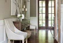 Foyer / by Lesley Giddens