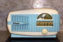 Vintage Radio/Clock Radio / by Debra Taylor