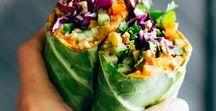 Vegan Wraps / vegan lunches, vegan dinners, easy lunches, healthy lunches, vegan meals, vegan recipes, clean eating lunches, clean eating recipes, vegan lunch ideas, collard wraps, hummus wraps, veggie and hummus wraps, vegan burritos, salad wraps