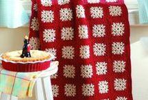 Crochet  / by Hollie Kouns