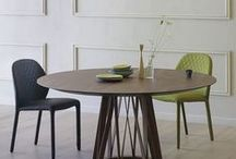 Dining Room Design - Déco salle à manger / The dining room is where family and friends come together.  Tables and chairs Italian Style