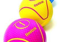 Reebok Fitness Poland / We wrześniu 2009 roku po raz pierwszy na polskim rynku zaprezentowaliśmy sprzęt i akcesoria do ćwiczeń marki Reebok. Dzisiaj produkty Reebok Fitness cieszą się ogromnym zainteresowaniem, zostały uznane przez polskich konsumentów i otrzymały Godło Laur Konsumenta!  Więcej informacji na stronie: http://www.bachasport.pl/marki/reebok-fitness-making-fitness-fun