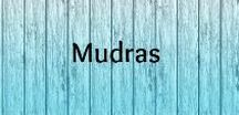 Mudras / Mudras: hand gestures and healing at your fingertips.