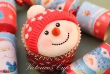 Christmas Cupcakes / Christmas cupcakes selected from CakesDecor.com