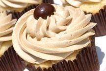Yumm just cupcakes! / by Kinzie Craig