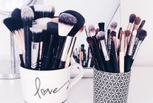 Gorgeous makeup brushes