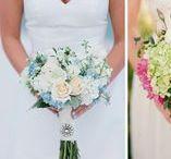 Noiva - vestido, penteado, make / Inspiração de vestido de noiva, penteado de noiva, bouquet (buquê) de noiva, sapato, maquiagem de noiva. Fotos lindas de casamento.