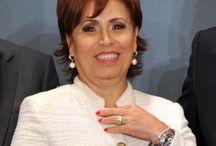 Rosario Robles / La tragicomedia política de México encarnada entre suspiros Presidenciales por Rosario Robles