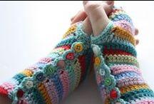 Hookin' Gloves, Mittens & Wristwarmers. / Free Patterns.