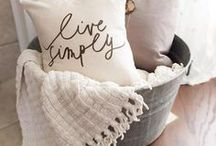 home decor styling & vignettes / home styling and vignette inspiration