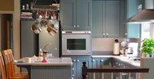 Kitchen & Pantry Trends / Photo inspiration from today's top design trends for your kitchen & pantry, as well as some of our employees' favorite looks.