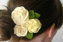 Accessories to make / Accessories to make including lots of fabric flowers and hair accessories