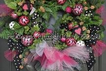 Christmas Wreaths / by Alice Sheppard