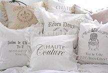Decorations ♡ Pillows / Home decor with pillows  / by Cinzia Corbetta