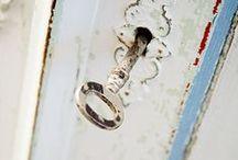 Decorations ♡ Keys / Home decor with keys / by Cinzia Corbetta
