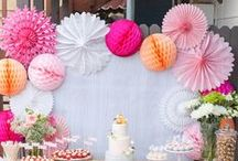 Baby Shower Ideas / Baby shower games, baby shower gifts, baby shower ideas for girls, baby shower decor, and more tips and tricks for planning and hosting a baby shower!