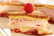 Sandwich Recipes / Recipes for a variety of sandwiches.