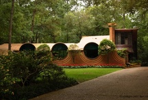Bruce Goff / Bruce Alonzo Goff (June 8, 1904 – August 4, 1982) was an American architect distinguished by his organic, eclectic, and often flamboyant designs for houses and other buildings in Oklahoma and elsewhere.
