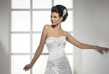 Wedding Dresses & Bride Glamour. <3 / by Brittany Jordan