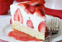Cheesecake Recipes / Cheesecake recipes that my family would enjoy. / by Andrea Hatfield