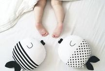 Kids| Black and White Room