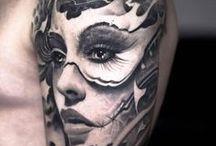 Tatuajes en negro y gris / Tatuajes de estilo negro y gris, también llamados black and grey.