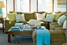 Green Couch Ideas / We have this green couch ... need ideas to decorate around it.