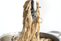 Pasta Recipes / Pasta makes for an easy and economical vegetarian meal. Use your favourite vegetables to whip up a variety of vegetarian pasta recipes!