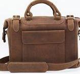 BRAND: Harolds / http://www.designstraps.de/harolds HAROLD'S.bags ist eine Marke für hochwertige Lederprodukte. Die schlicht designten und dennoch chic und gleichzeitig robusten Leder-Fototaschen der zwei hauseigenen Marken Harold's und dothebag sind nun auch Teil der DESIGNSTRAPS Familie.  http://www.designstraps.de/supplier/index/sSupplier/22