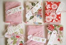 Chic Christmas Gift Wrapping Ideas