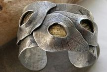 jewelry . metal clay / Oh, the possibilities with PMC... / by Sandra Hachey