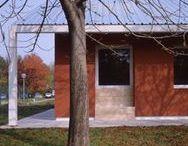 Ristrutturazione di due edifici / Ristrutturazione di due edifici, via del Porto 15 - via Dora, San Mauro Torinese. Progetto di Raimondo Guidacci, 2002. Vincitore di Architetture Rivelate 2011. © Alberto Muciaccia