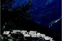Insediamento turistico Grangesises / Insediamento turistico Grangesises, Frazione Grangesises, Sauze di Cesana. Progettista di Pompeo Trisciuoglio, 1986. Vincitore Architetture Rivelate 2011.