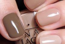 Nails! / by Alejandra Ramirez
