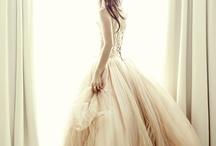 Fashion: Ruffle / by daiyuk Lam