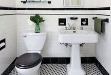 Classic Bathrooms / Bathrooms featuring a classic or vintage style, with elements such as subway tiles, black and white mosaics, and white fixtures.